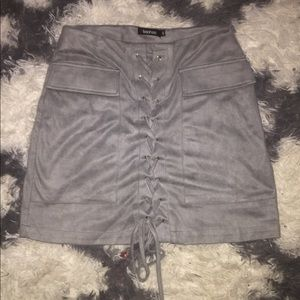 Boohoo gray lace up skirt size 4 US